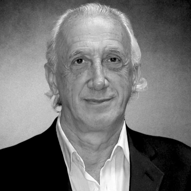Dr Ricardo Asch